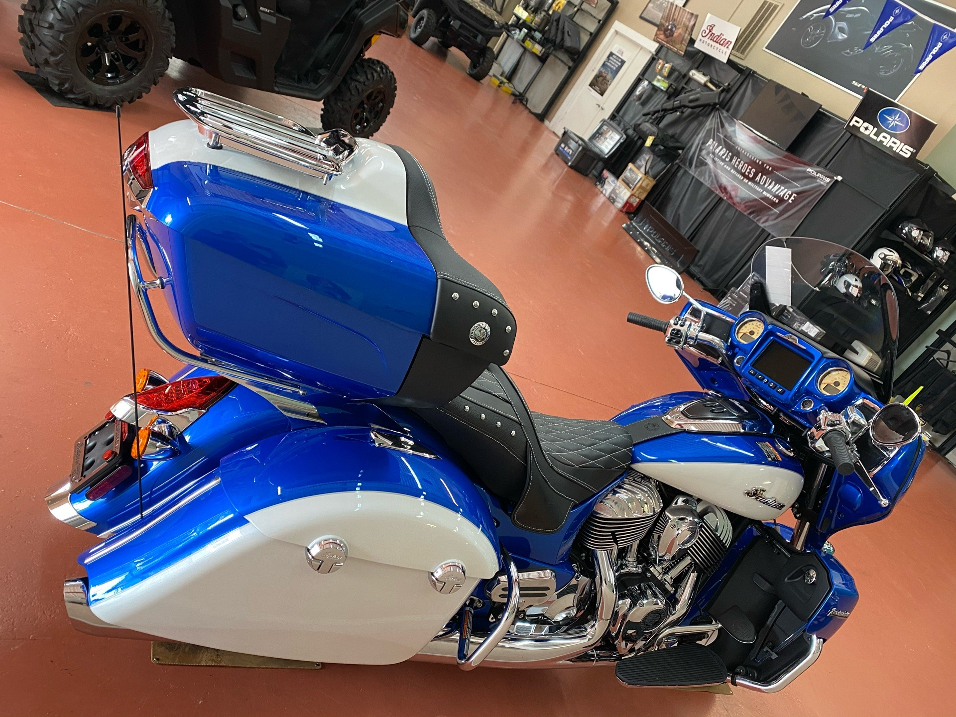 2020 Indian Roadmaster® Icon Series in Chesapeake, Virginia - Photo 2