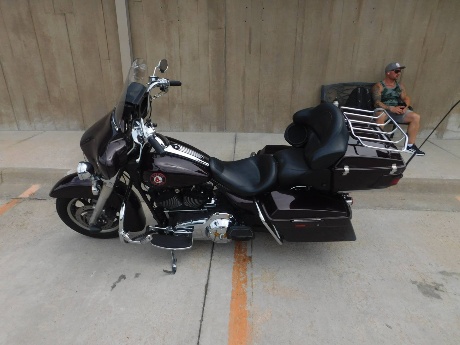 2007 Harley-Davidson FLHTCU Ultra Classic® Electra Glide® Peace Officer Special Edition in Colorado Springs, Colorado - Photo 2