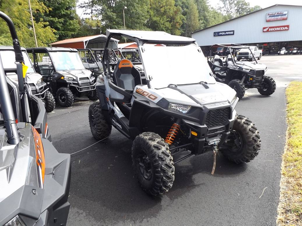 2019 Polaris RZR S 900 EPS in Lewiston, Maine - Photo 2