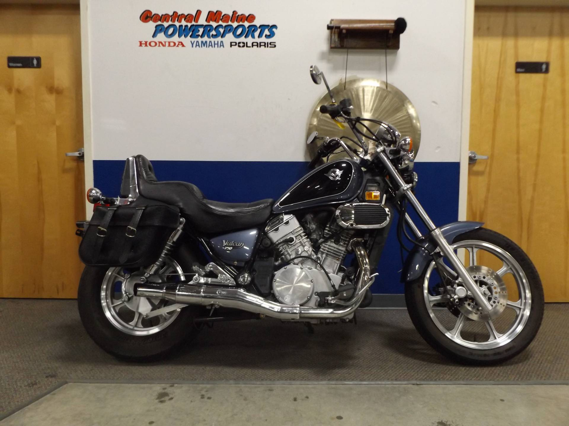 2000 Kawasaki Vulcan 750 in Lewiston, Maine