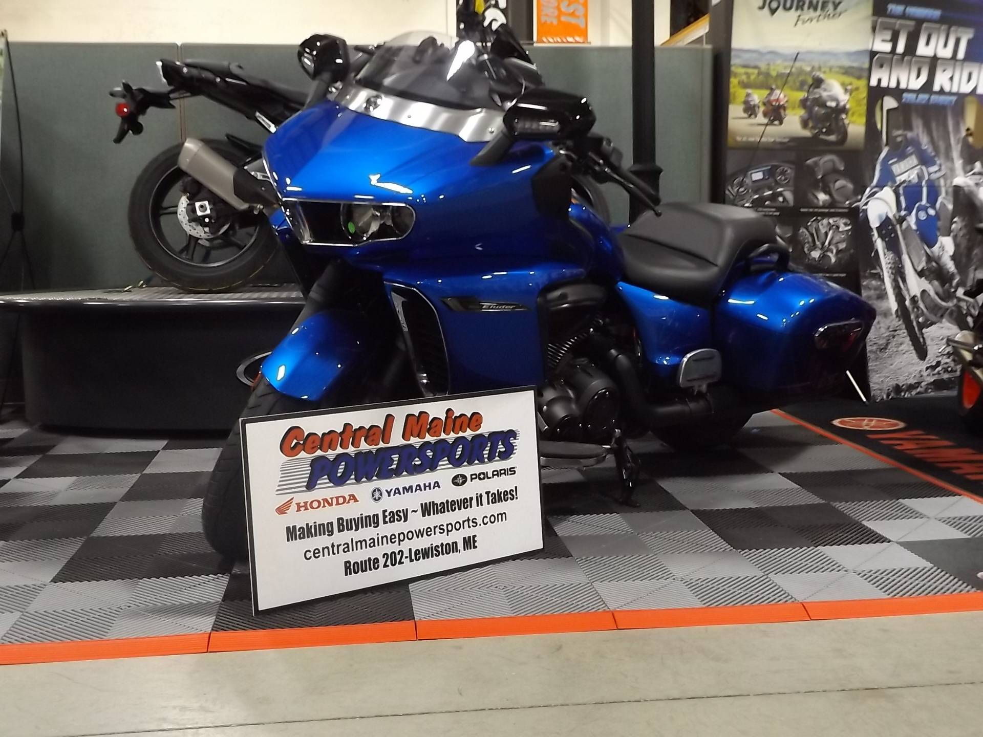 2018 Yamaha Star Eluder in Lewiston, Maine - Photo 1