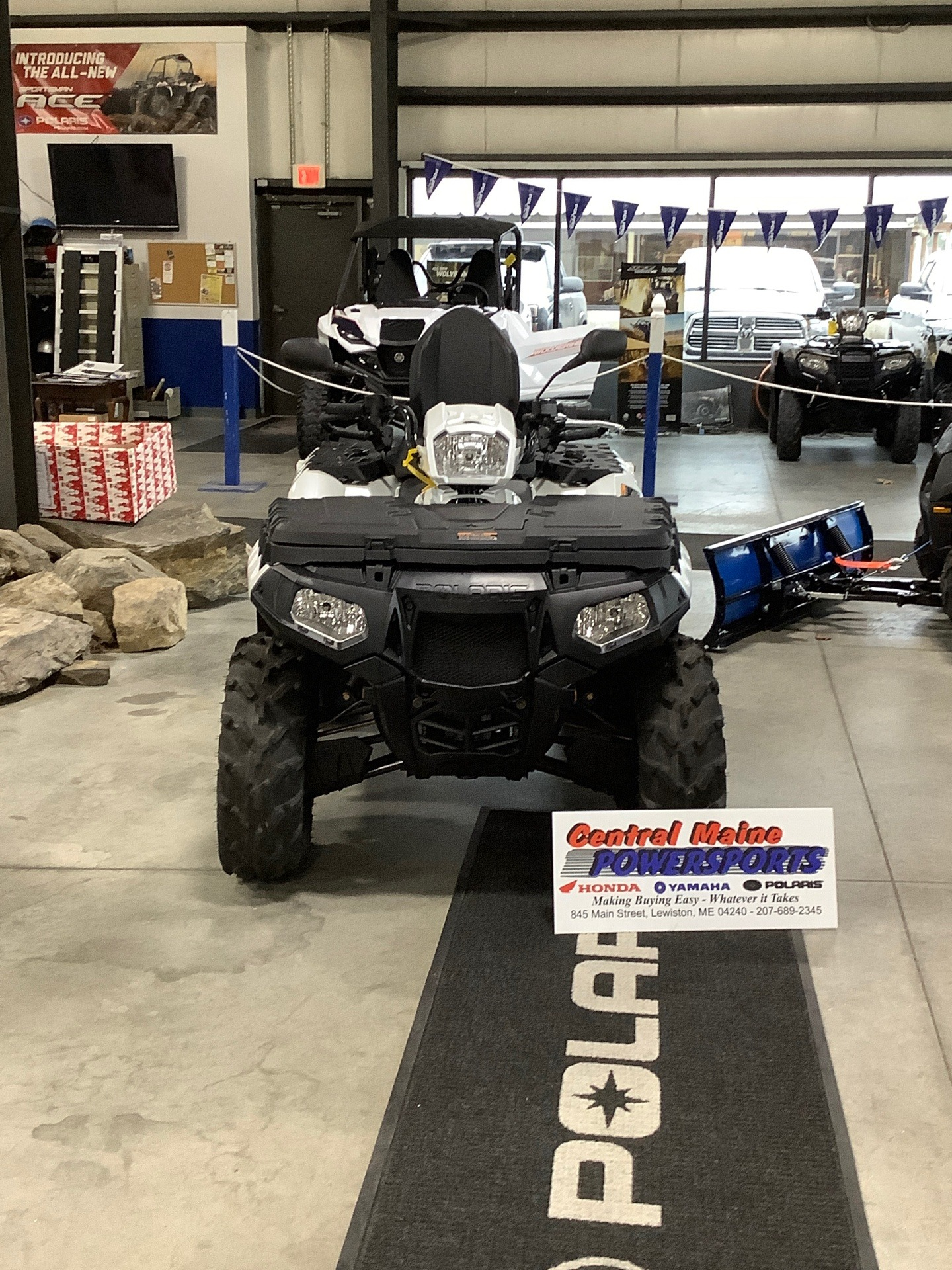 2020 Polaris Sportsman Touring XP 1000 in Lewiston, Maine - Photo 1