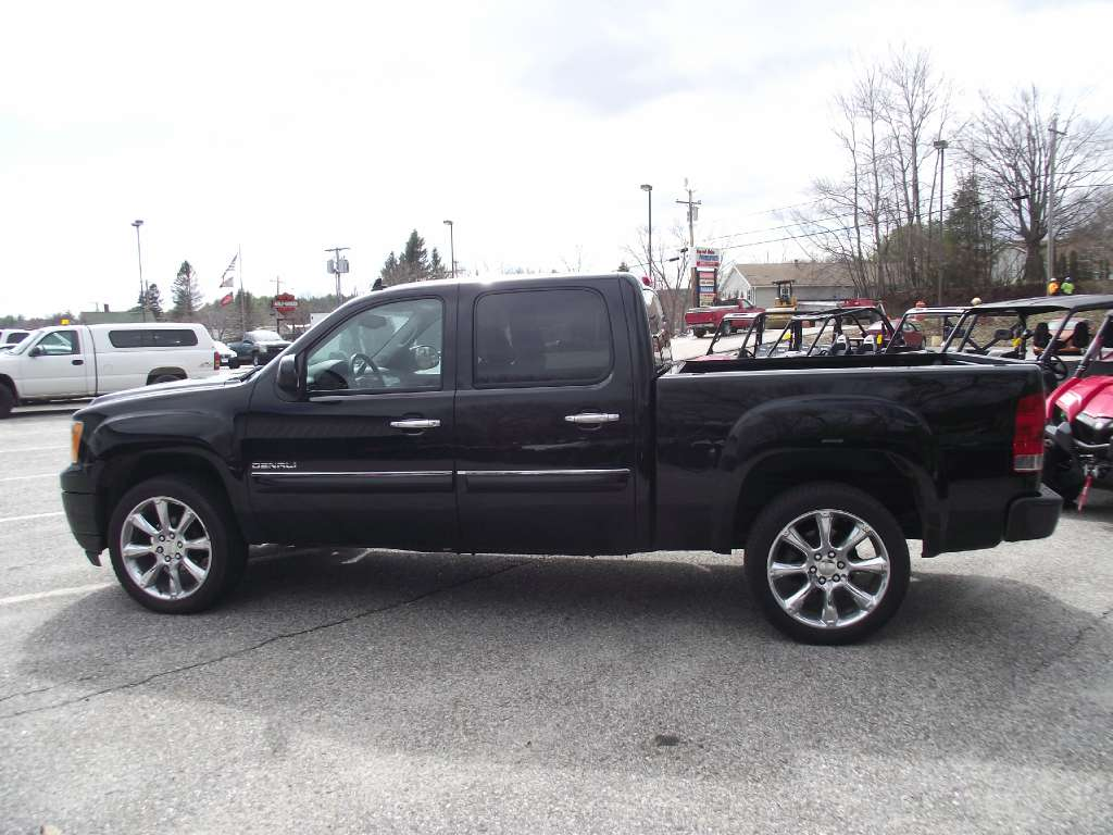 2012 GMC K1500 Seirra Denali in Lewiston, Maine - Photo 6