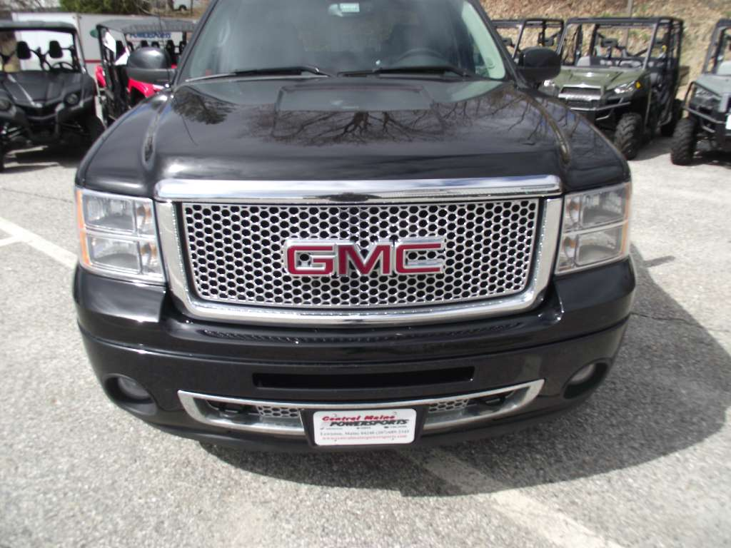 2012 GMC K1500 Seirra Denali in Lewiston, Maine - Photo 8