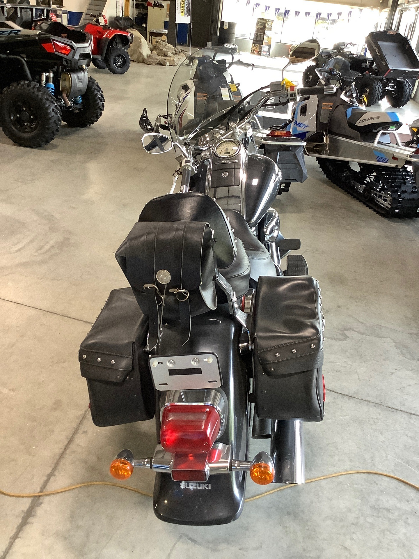 2006 Suzuki Boulevard C90T in Lewiston, Maine - Photo 3