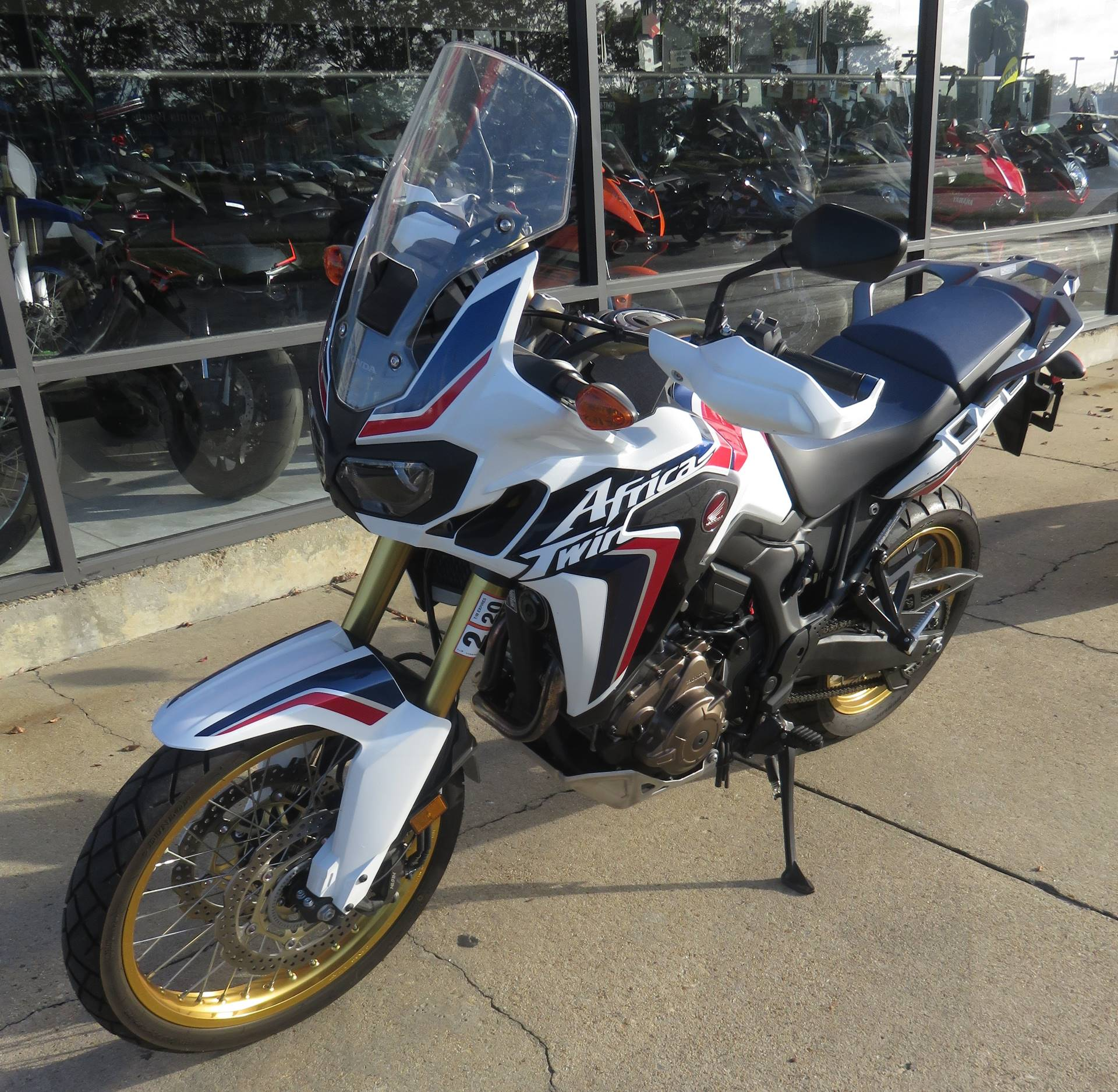 2017 Honda Africa Twin DCT in Virginia Beach, Virginia - Photo 2
