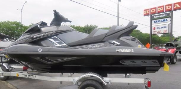 2017 Yamaha FX Cruiser HO 1