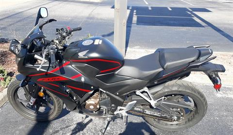 2018 Honda CBR300R ABS in Virginia Beach, Virginia - Photo 2