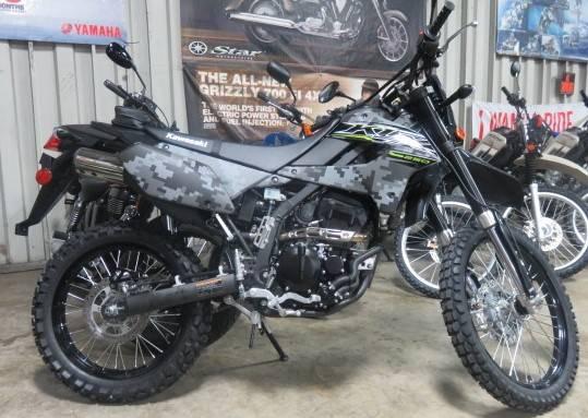 2019 Kawasaki KLX 250 Camo 1