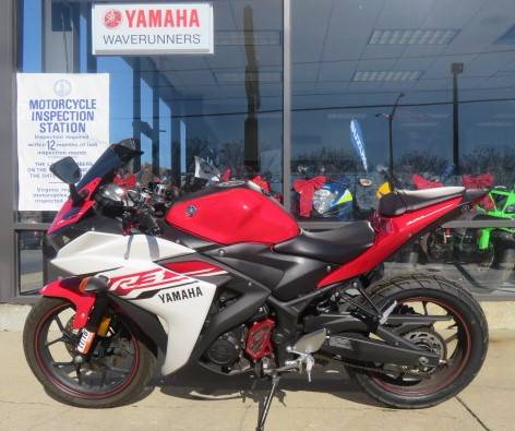 2015 Yamaha YZF-R3 in Virginia Beach, Virginia