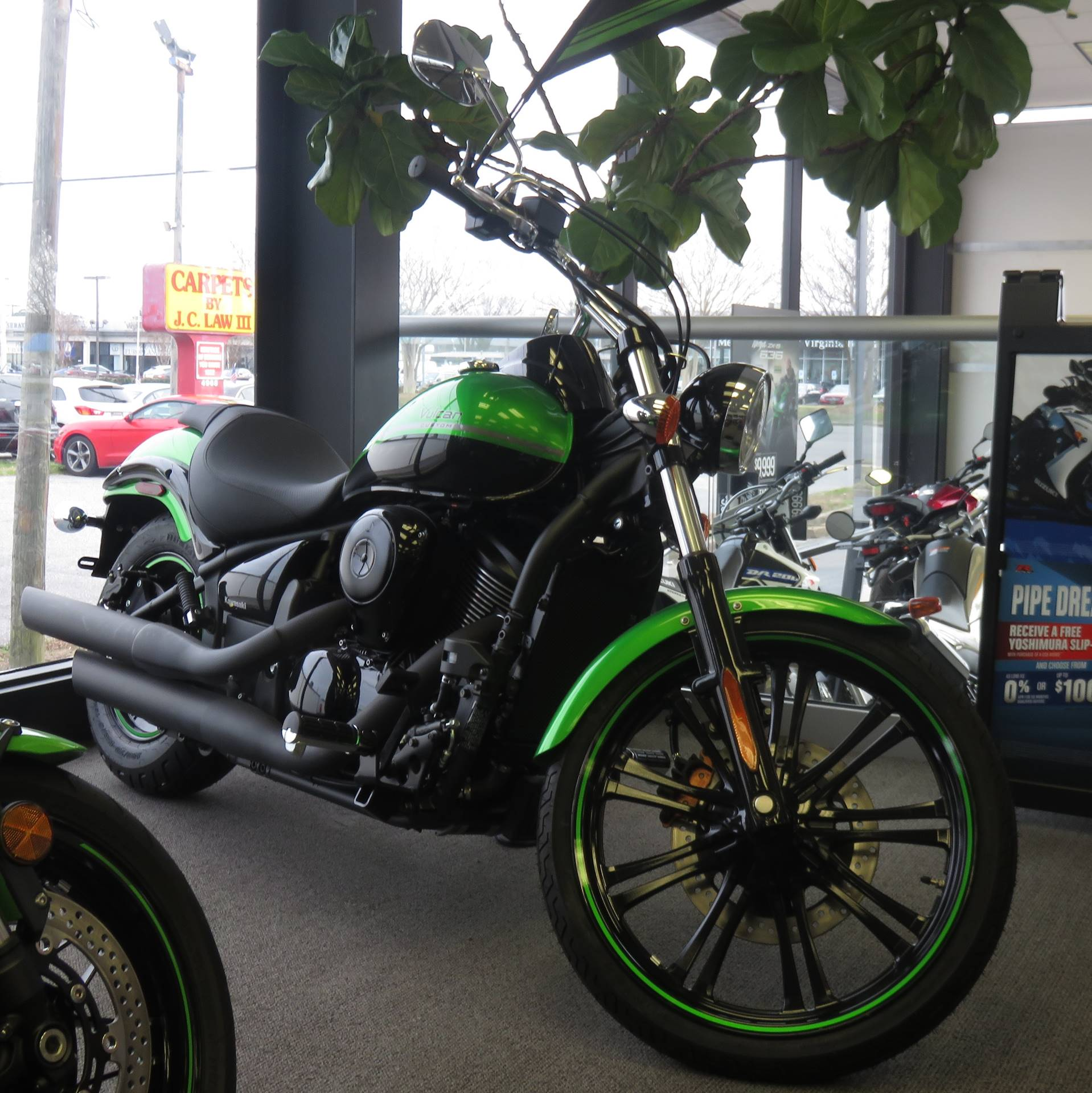 2018 Kawasaki Vulcan 900 Custom in Virginia Beach, Virginia - Photo 1
