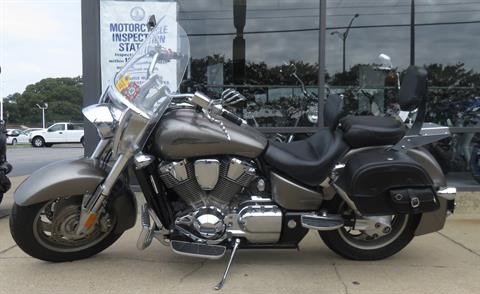 2006 Honda VTX™1800N Neo-Retro in Virginia Beach, Virginia - Photo 3