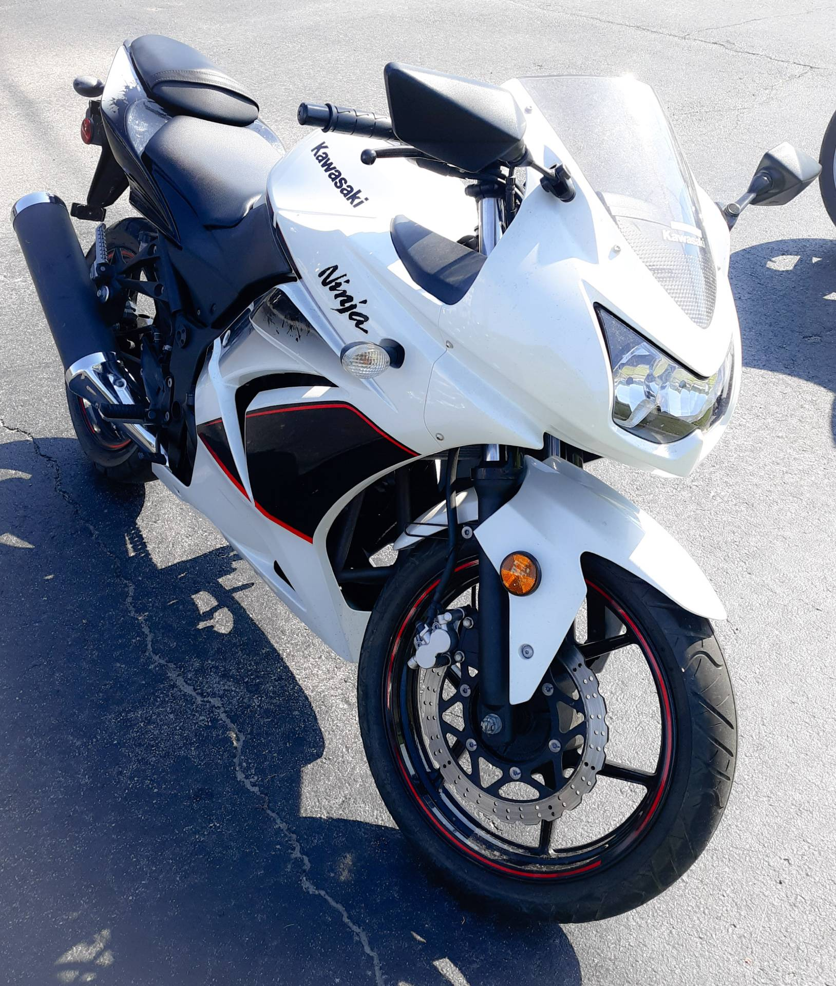 2011 Kawasaki Ninja® 250R in Virginia Beach, Virginia - Photo 2