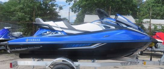 2017 Yamaha VX Limited in Virginia Beach, Virginia