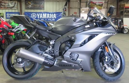 2019 Yamaha YZF-R6 1