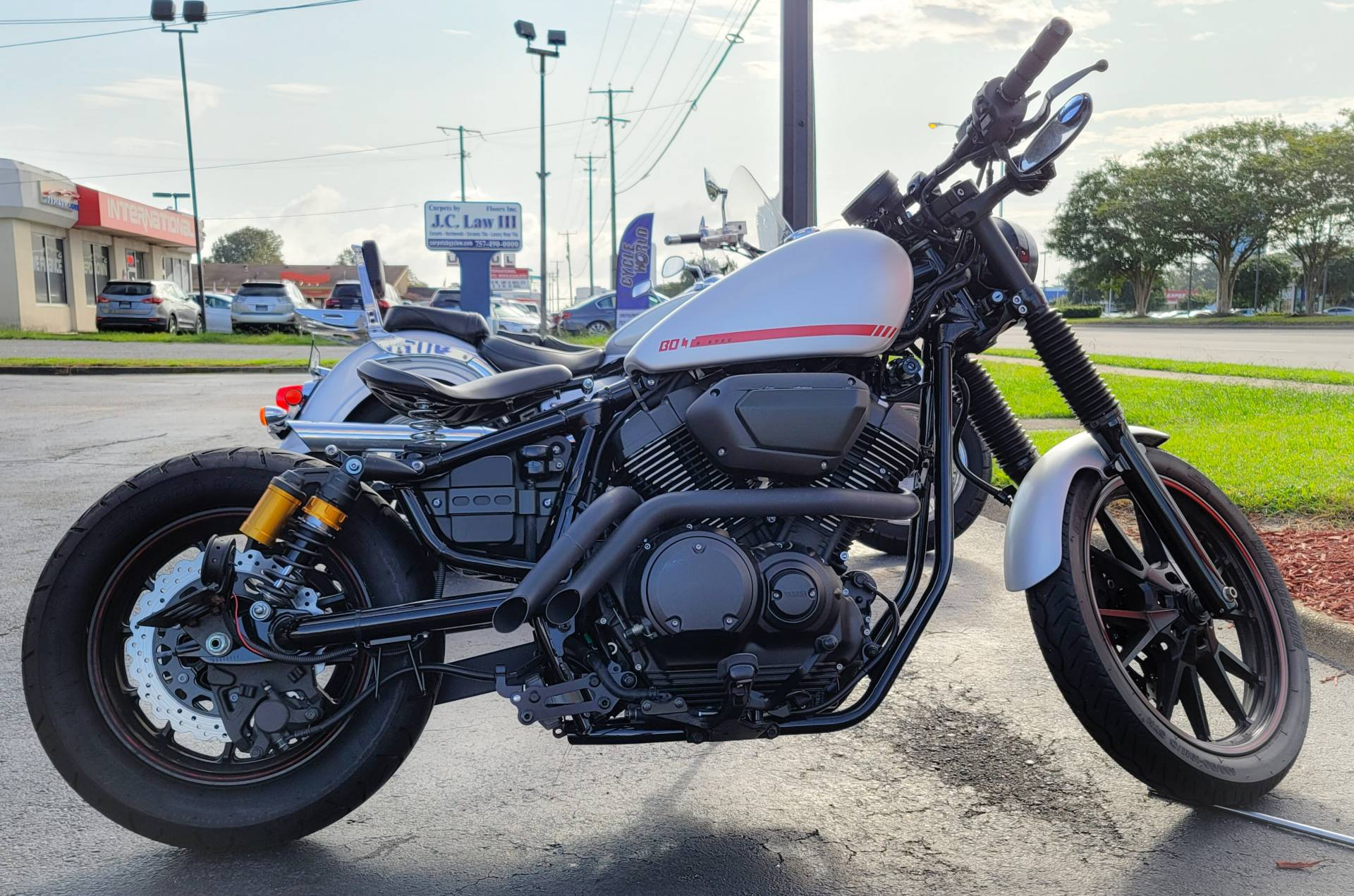 2019 Yamaha Bolt R-Spec in Virginia Beach, Virginia - Photo 2
