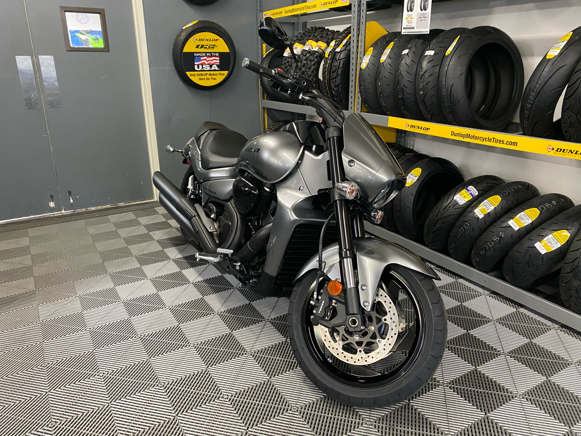 2020 Suzuki Boulevard M109R B.O.S.S. in Van Nuys, California - Photo 2