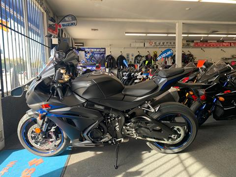 2018 Suzuki GSX-R1000 in Van Nuys, California - Photo 2