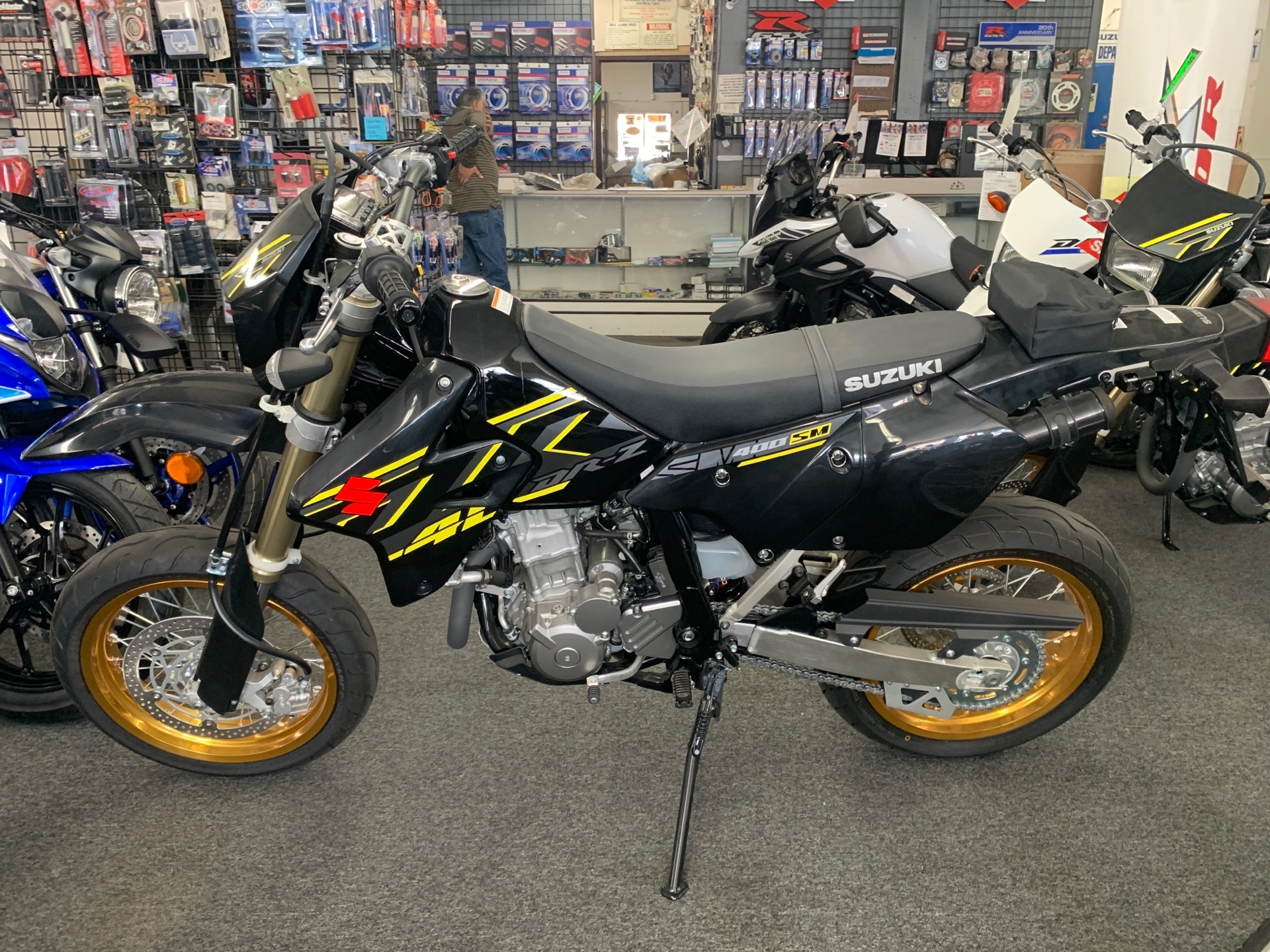 2018 Suzuki DR-Z400SM in Van Nuys, California - Photo 2