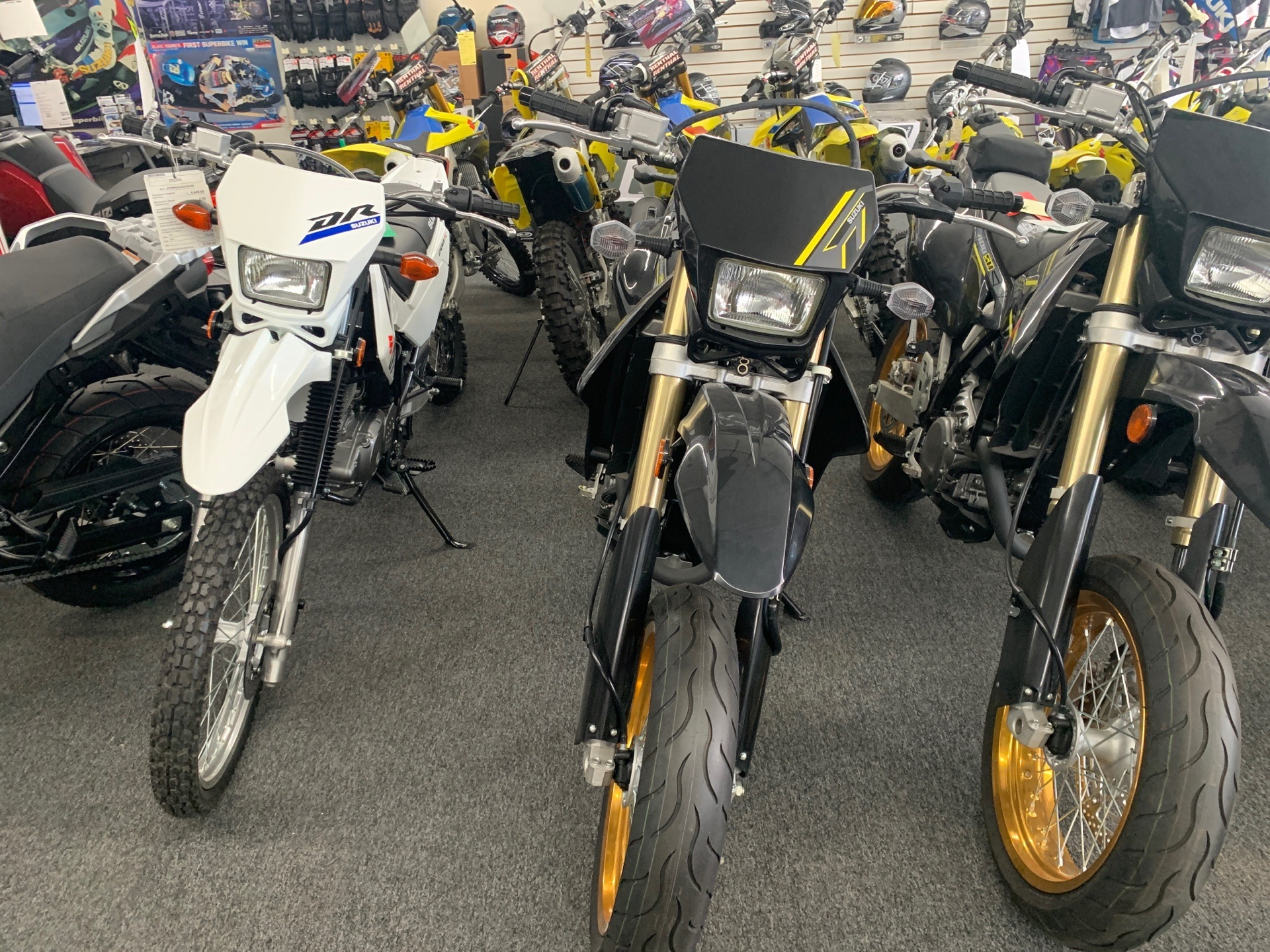 2018 Suzuki DR-Z400SM in Van Nuys, California - Photo 4