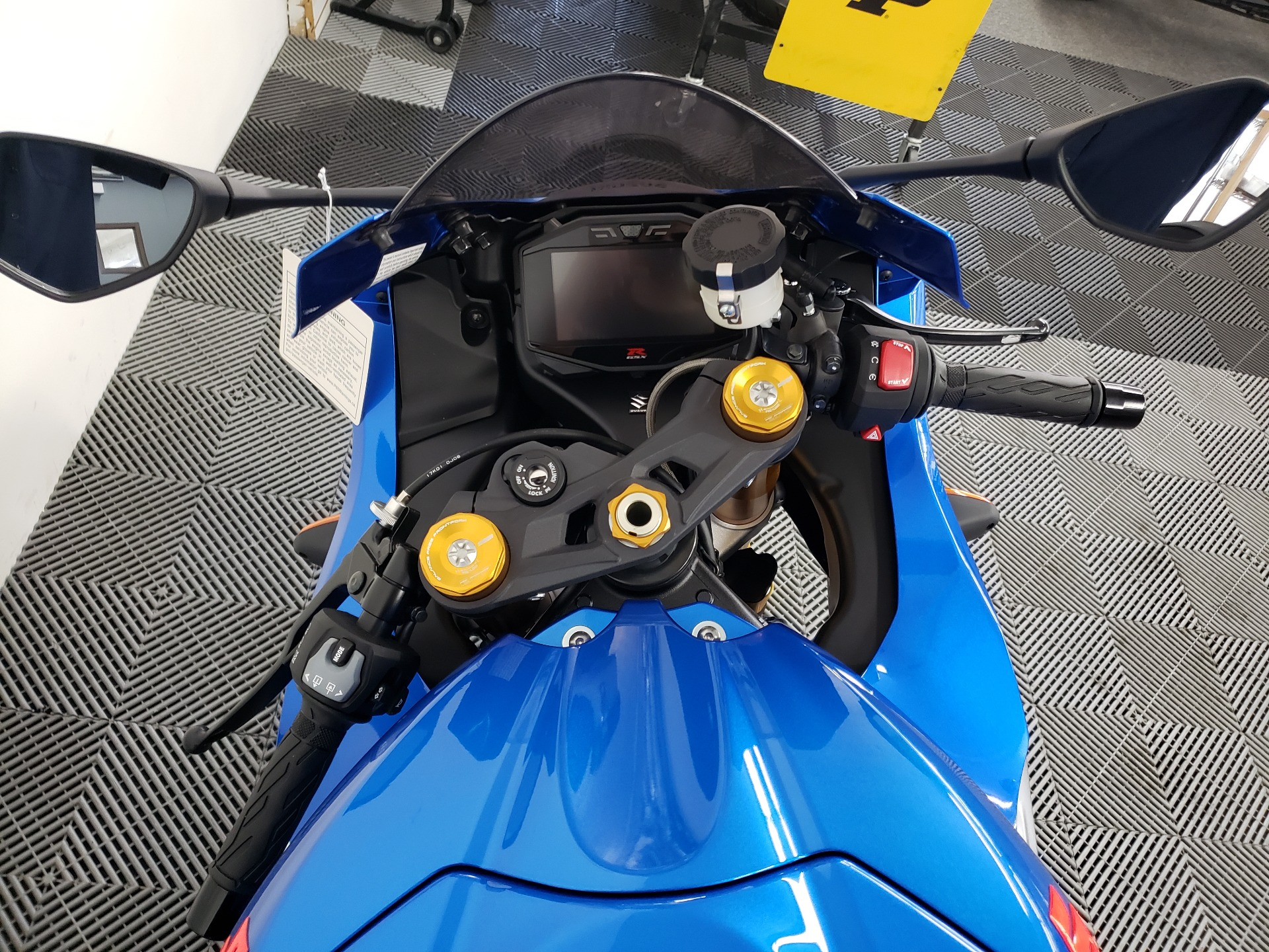 2021 Suzuki GSX-R1000R 100th Anniversary Edition in Van Nuys, California - Photo 5