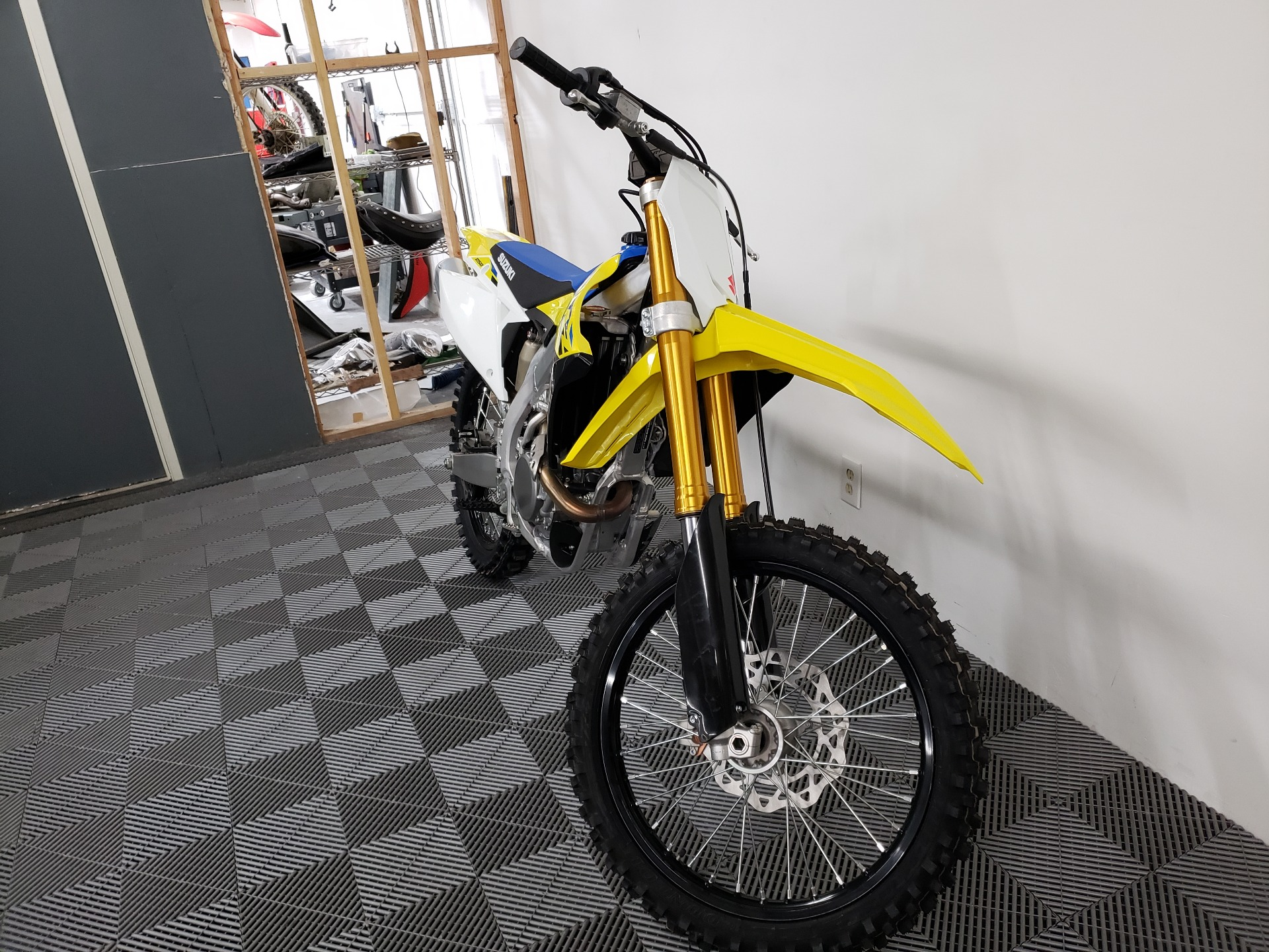 2021 Suzuki RM-Z250 in Van Nuys, California - Photo 3