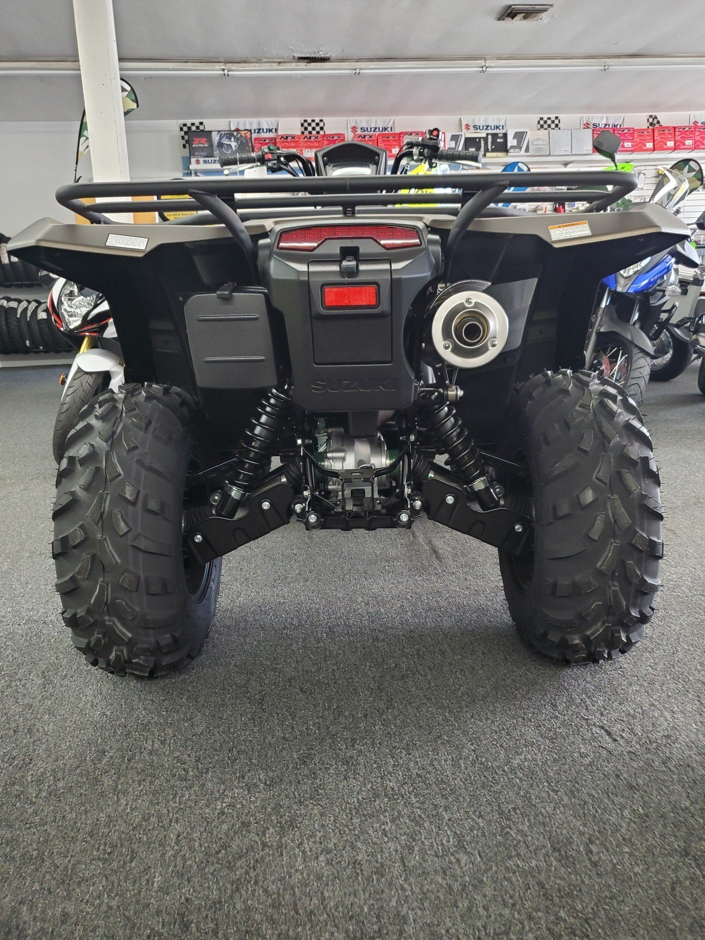 2020 Suzuki KINGQUAD in Van Nuys, California - Photo 2