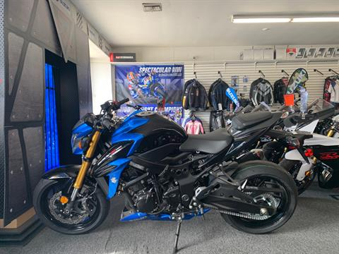 2018 Suzuki GSX-S750 in Van Nuys, California - Photo 2