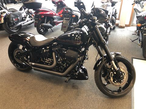2016 Harley-Davidson CVO™ Pro Street Breakout® in Elkhart, Indiana
