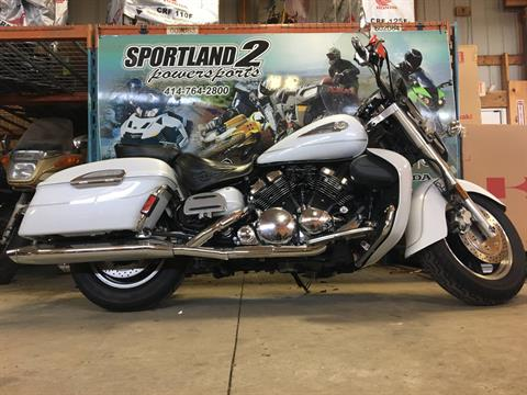 2006 Yamaha Royal Star® Tour Deluxe in Oak Creek, Wisconsin - Photo 2