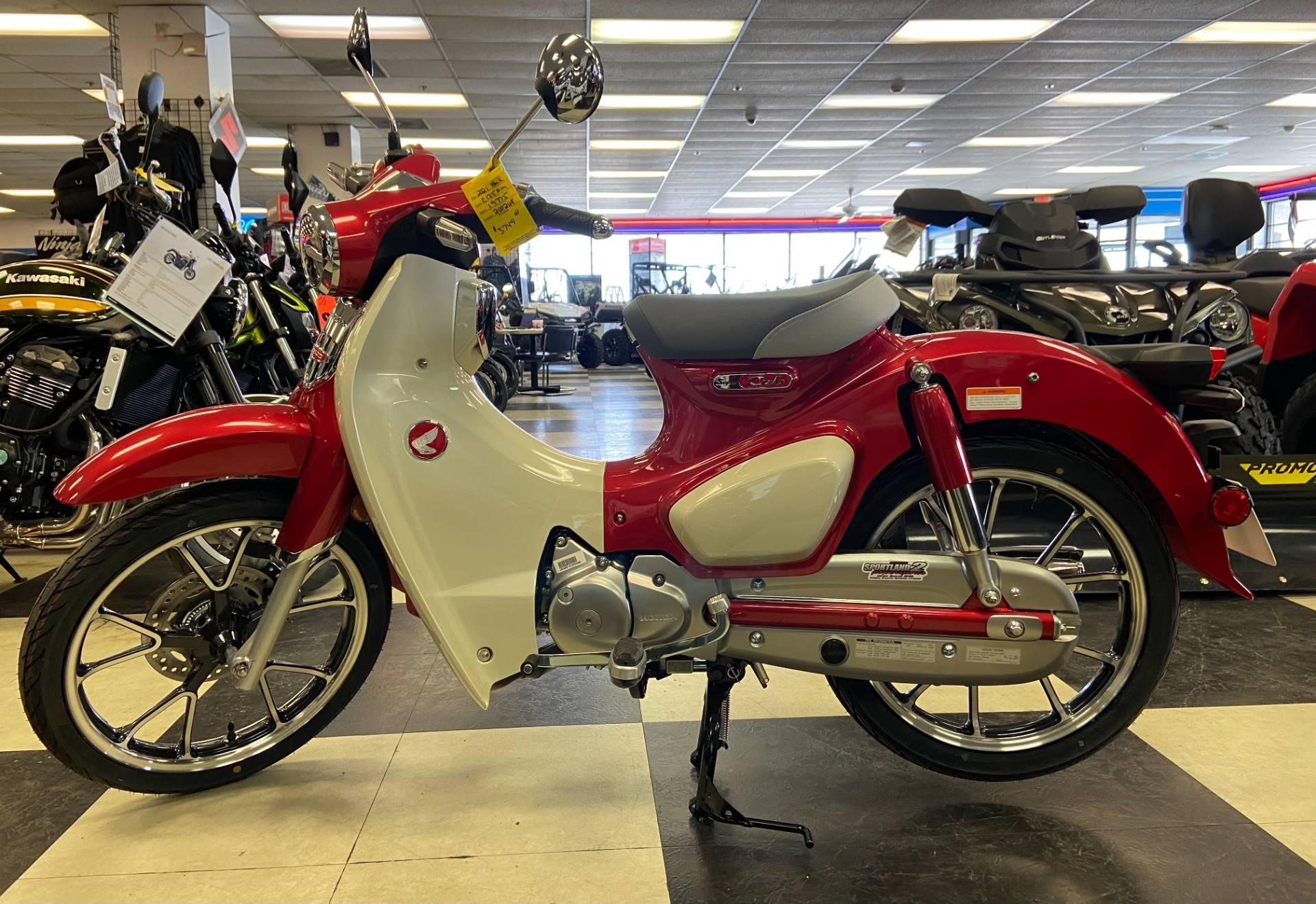 2021 Honda Super Cub C125 ABS in Oak Creek, Wisconsin - Photo 1