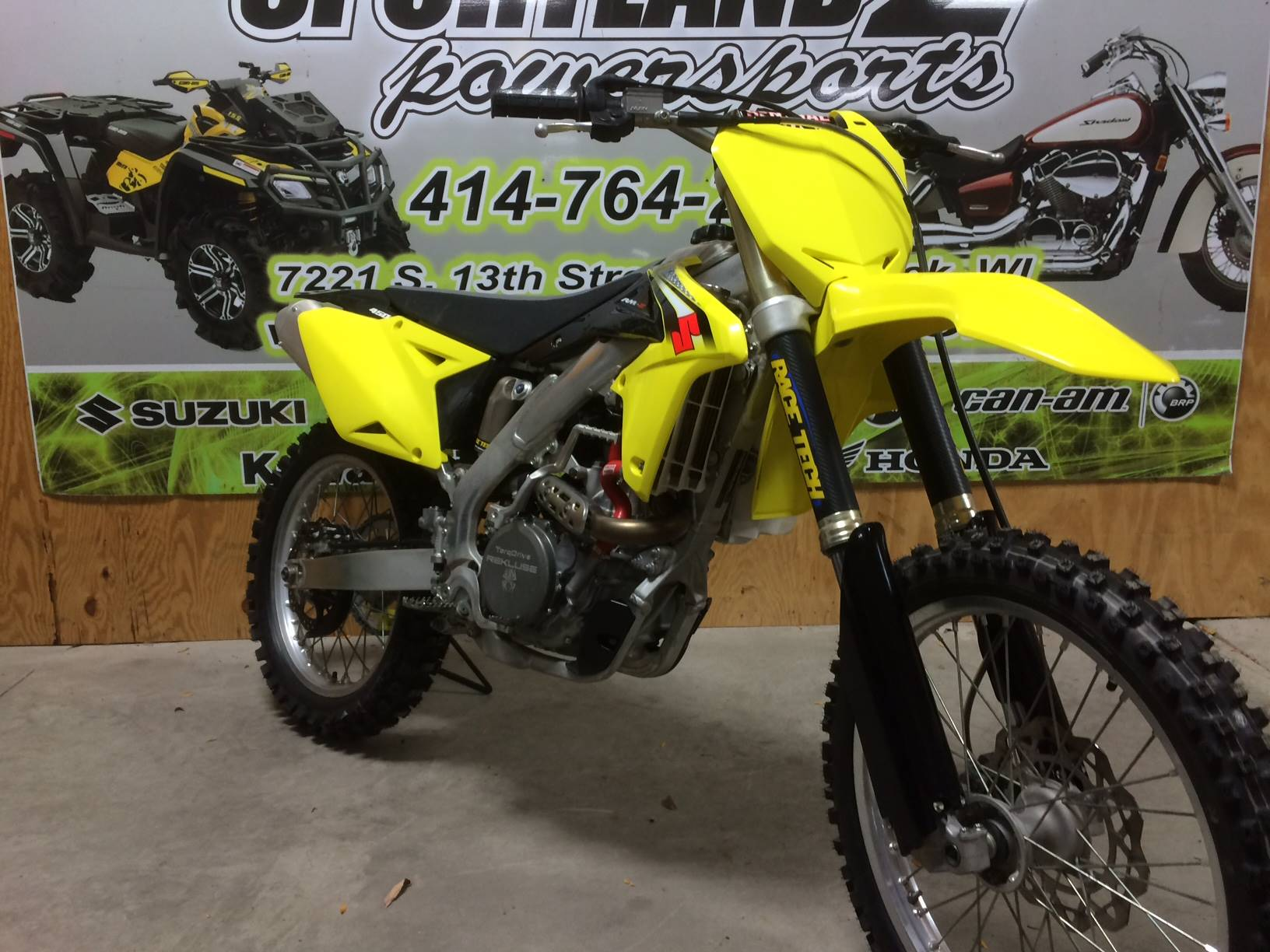 2016 Suzuki RM-Z450 in Oak Creek, Wisconsin