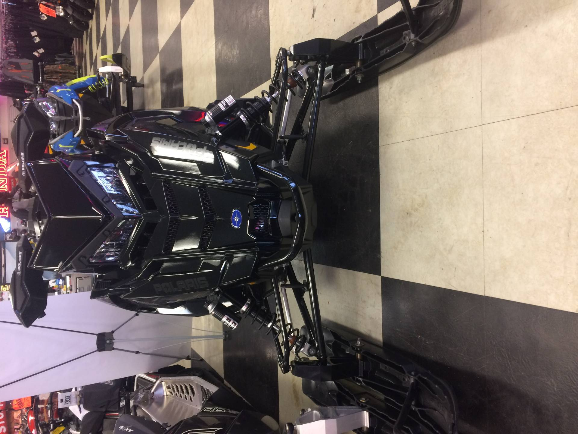 2019 Polaris 600 INDY XC 129 Snowcheck Select in Oak Creek, Wisconsin - Photo 2