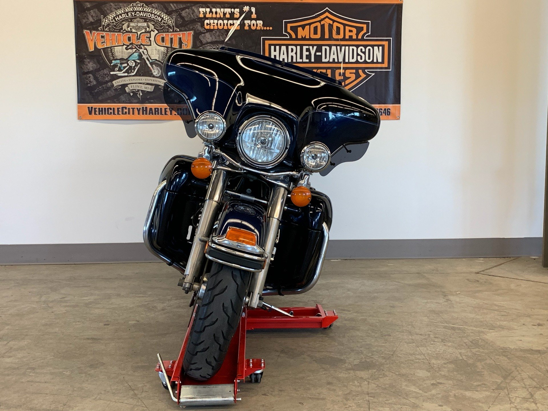 2012 Harley-Davidson Ultra Classic® Electra Glide® in Flint, Michigan - Photo 3