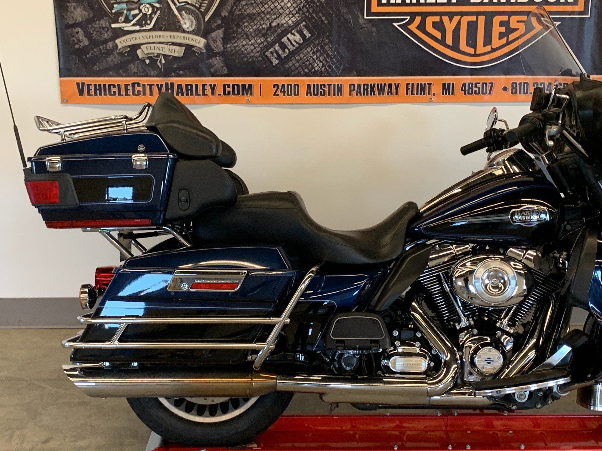 2012 Harley-Davidson Ultra Classic® Electra Glide® in Flint, Michigan - Photo 11