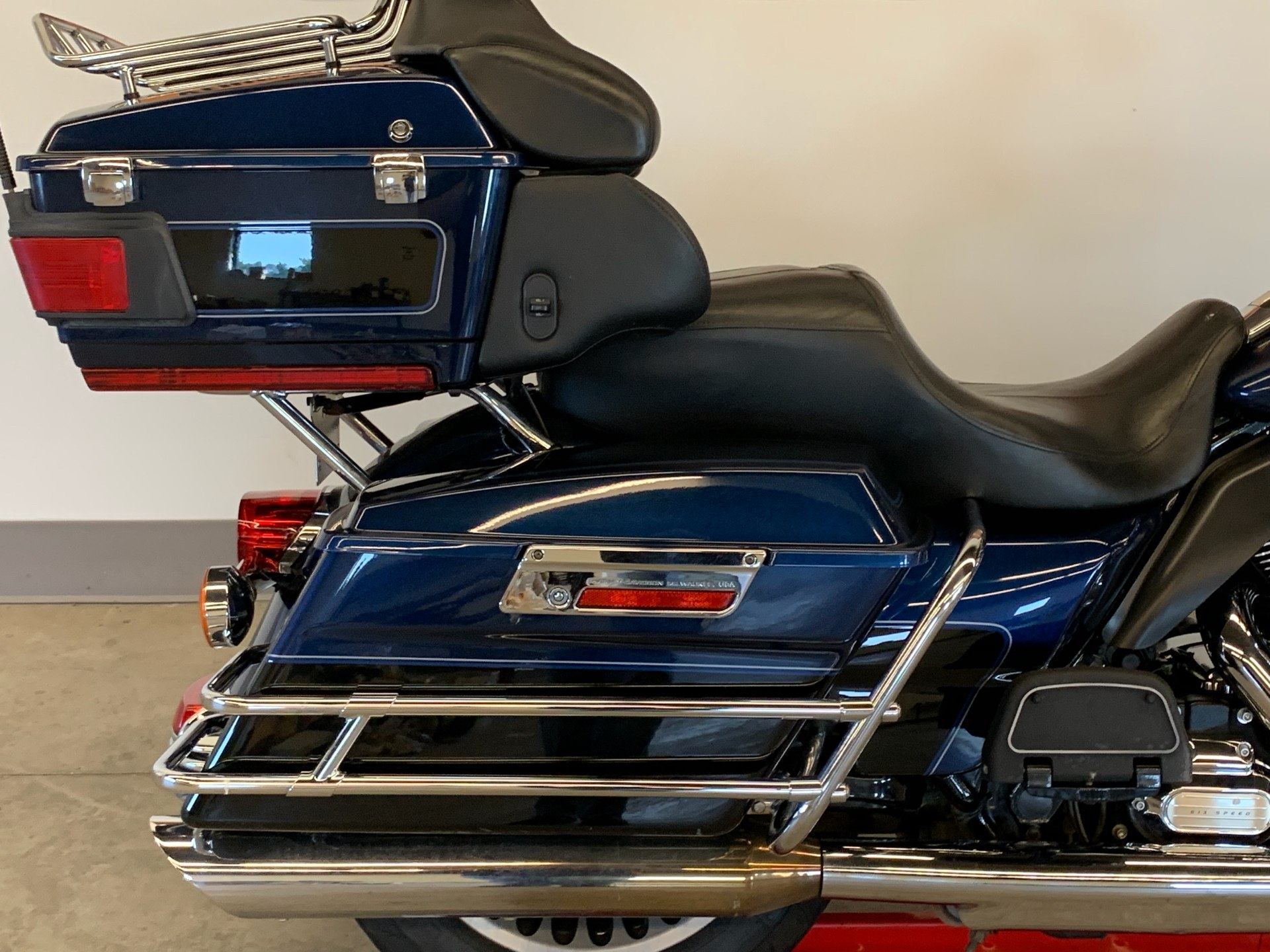 2012 Harley-Davidson Ultra Classic® Electra Glide® in Flint, Michigan - Photo 12