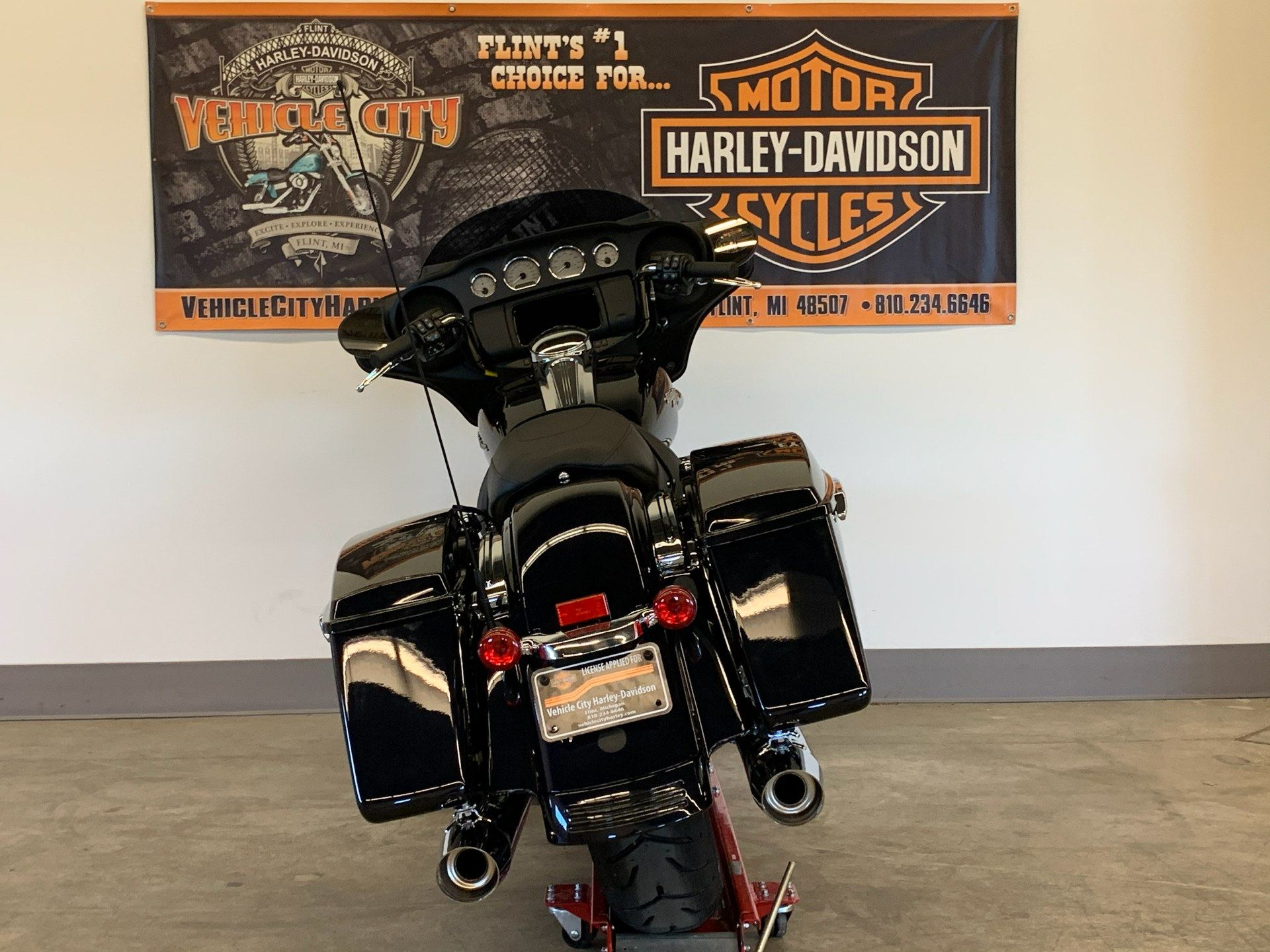2020 Harley-Davidson Street Glide® in Flint, Michigan - Photo 7
