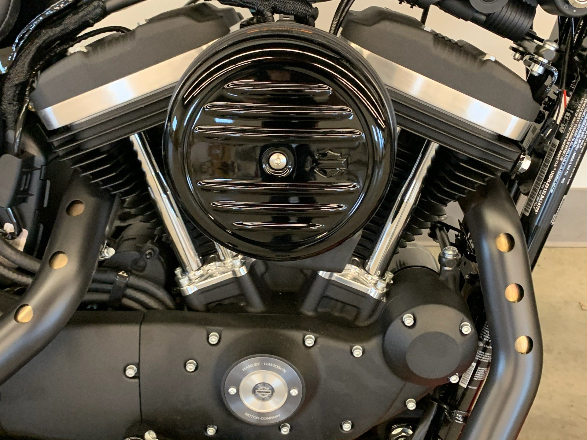 2020 Harley-Davidson Iron 883™ in Flint, Michigan - Photo 8