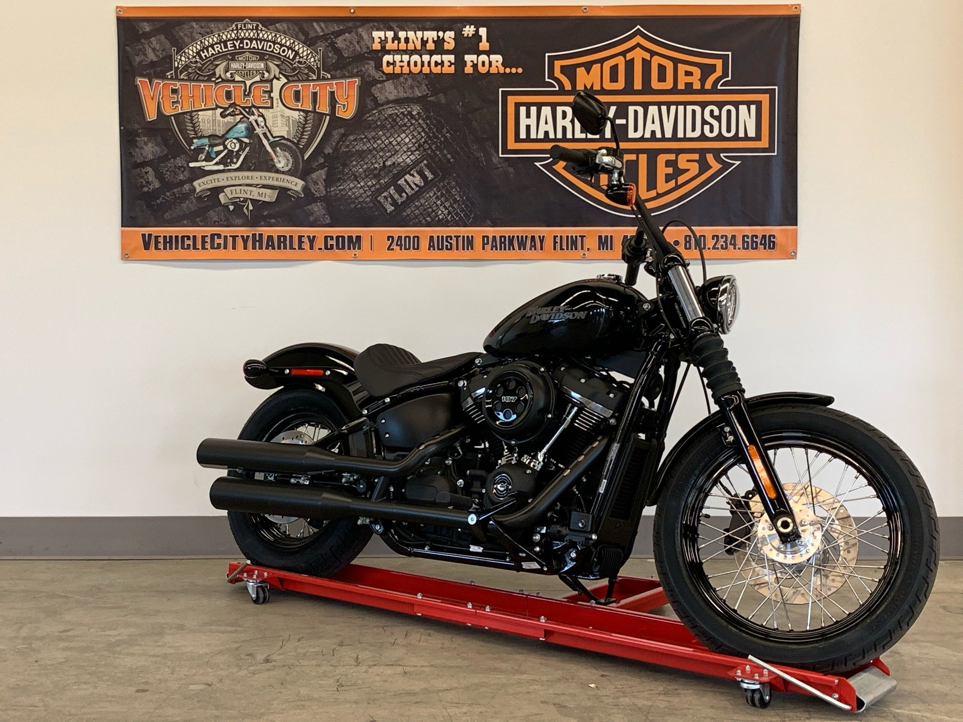 2020 Harley-Davidson Street Bob® in Flint, Michigan - Photo 2