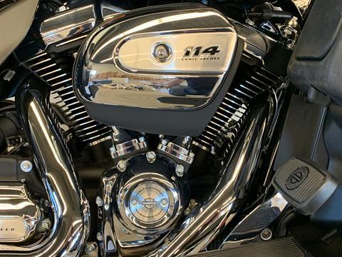2019 Harley-Davidson Ultra Limited in Flint, Michigan - Photo 8