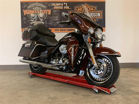 2011 Harley-Davidson Electra Glide® Ultra Limited in Flint, Michigan - Photo 2