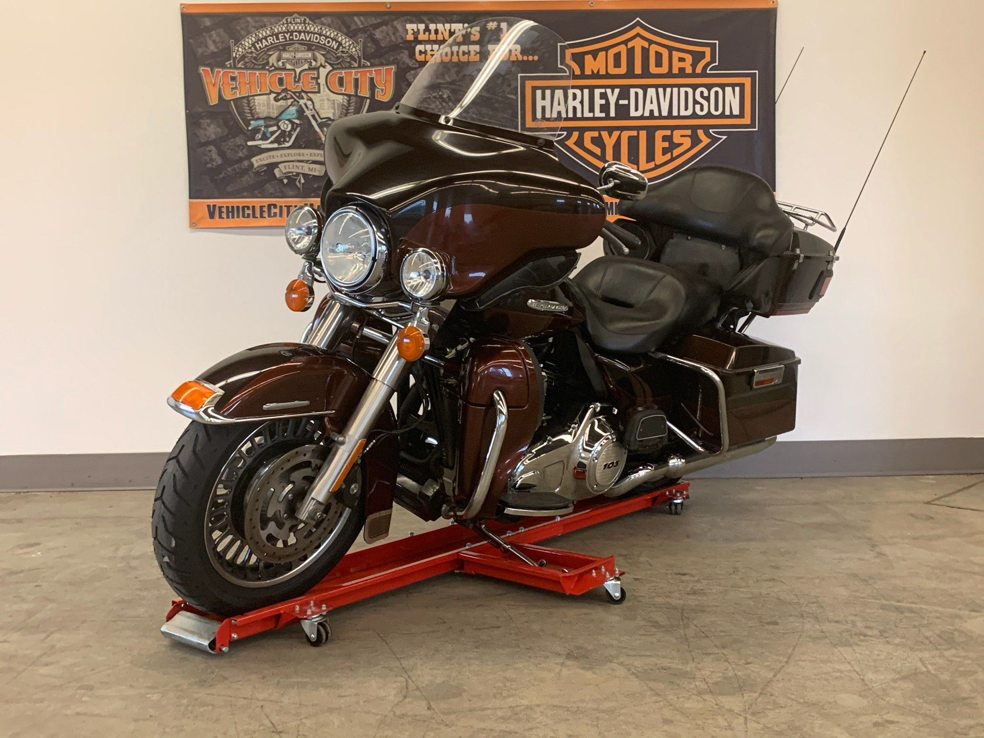 2011 Harley-Davidson Electra Glide® Ultra Limited in Flint, Michigan - Photo 4