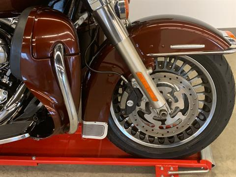2011 Harley-Davidson Electra Glide® Ultra Limited in Flint, Michigan - Photo 10