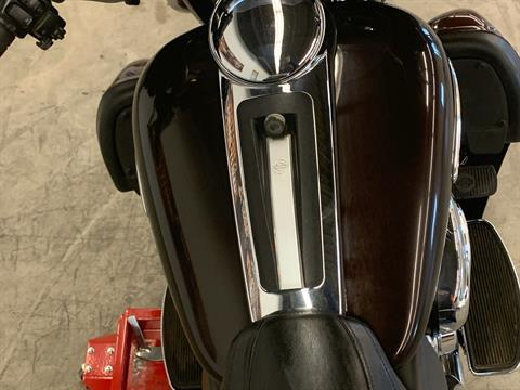 2011 Harley-Davidson Electra Glide® Ultra Limited in Flint, Michigan - Photo 23