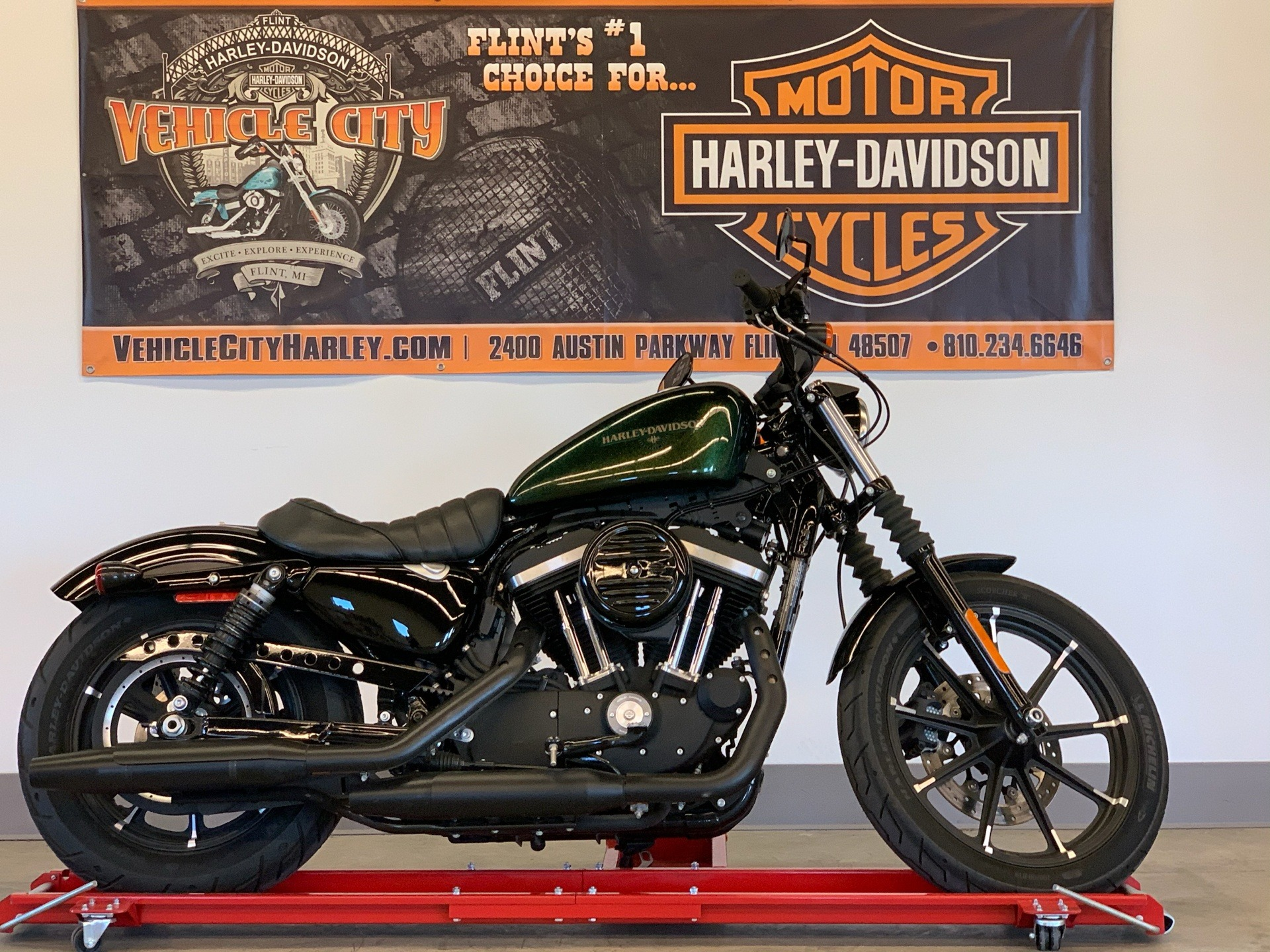 2018 Harley-Davidson Iron 883™ in Flint, Michigan - Photo 1