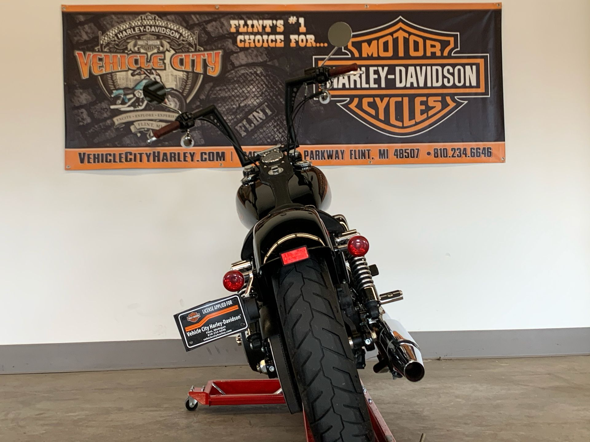 2017 Harley-Davidson Street Bob® in Flint, Michigan - Photo 7