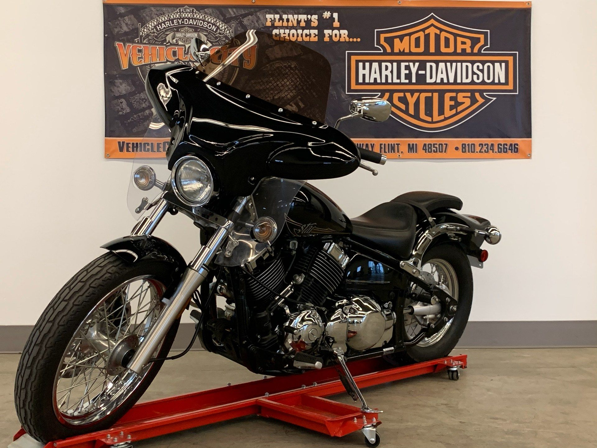 2013 Yamaha V Star 650 Custom in Flint, Michigan - Photo 4