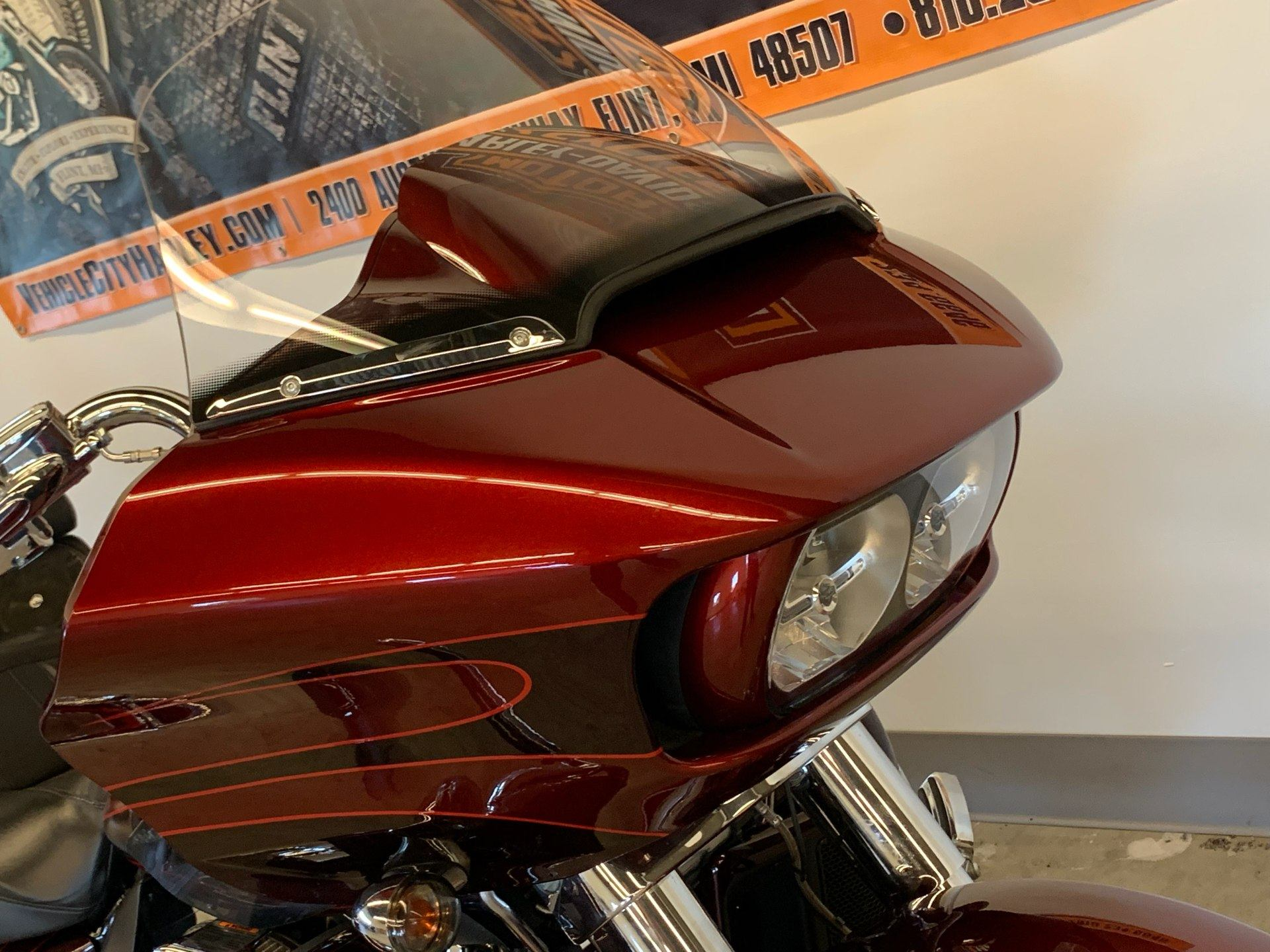 2015 Harley-Davidson CVO™ Road Glide® Ultra in Flint, Michigan - Photo 13