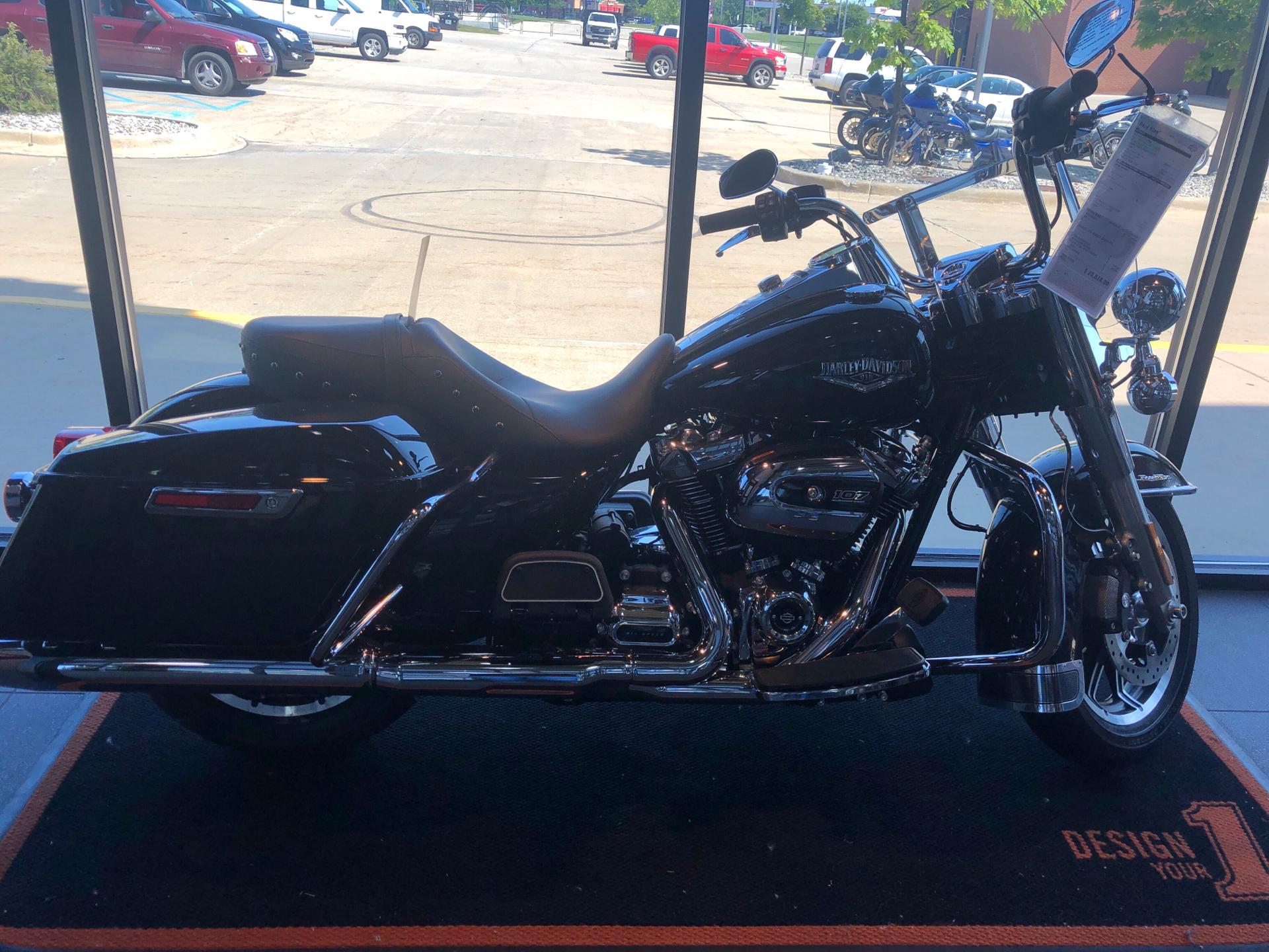 Used Tires Flint Mi >> 2019 Harley Davidson Road King In Flint Michigan
