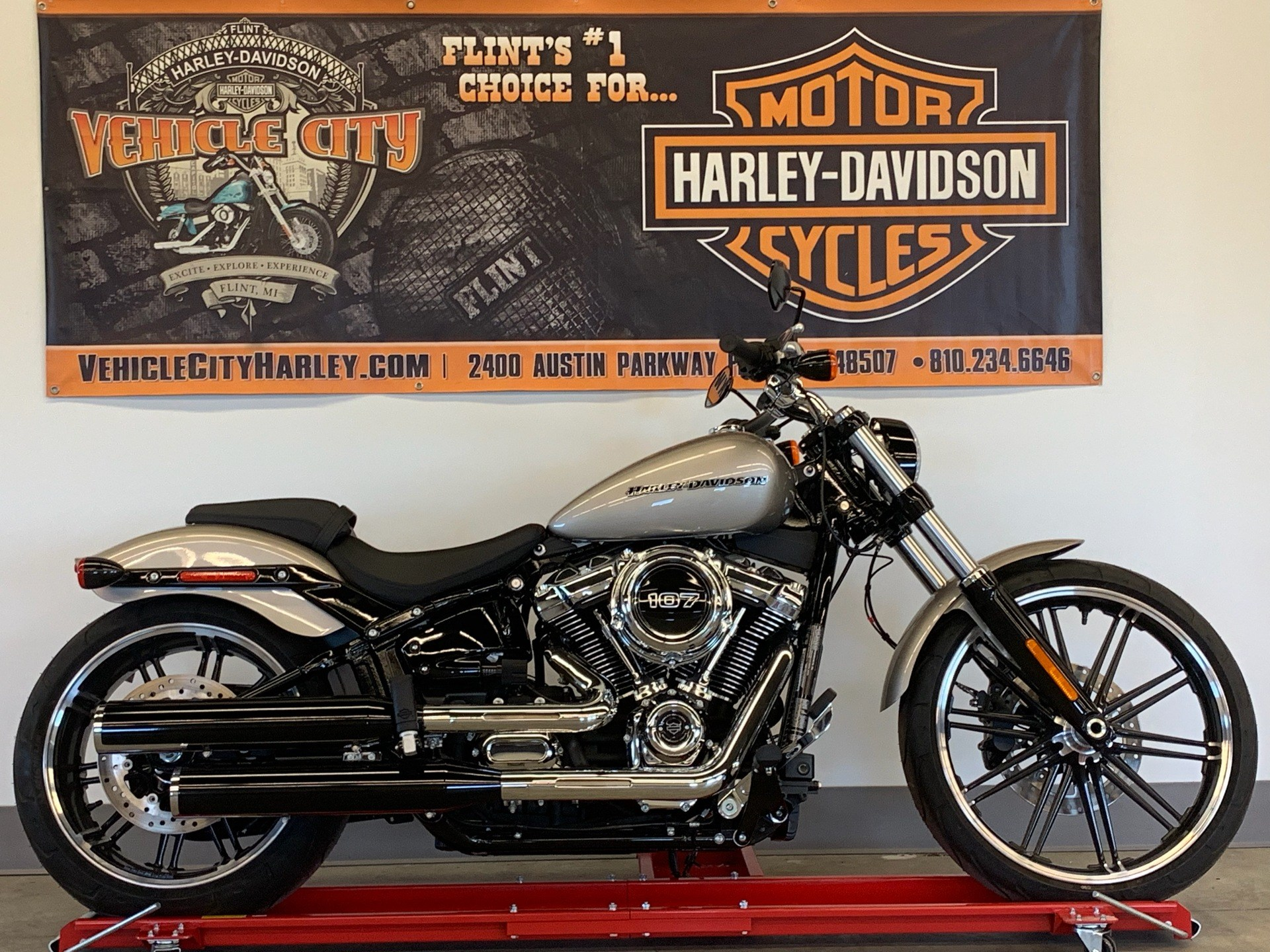 2018 Harley-Davidson Breakout® 107 in Flint, Michigan - Photo 1
